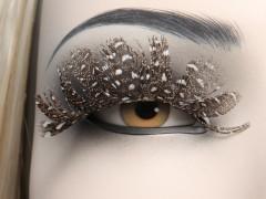 Skyltdockor med utbytbar makeup